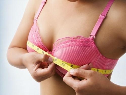 увeличeниe женские молочные железы